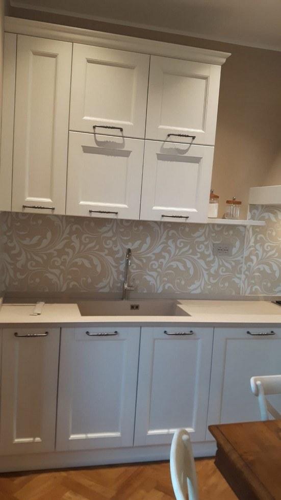 mobiletti bianchi per cucina